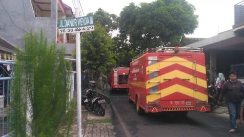 Mobil pemadam kebakaran saat diterjunkan ke lokasi kejadian guna memadamkan api (Foto : PPBK Kabupaten Malang for MalangTIMES)