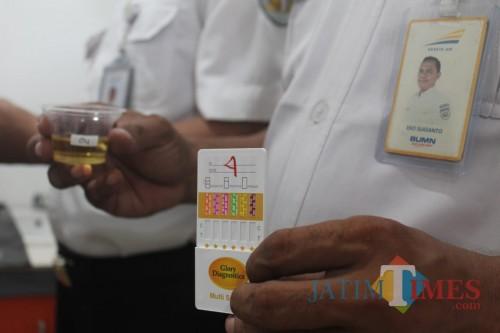 Puluhan Pekerja Stasiun Jombang Dites Urine, Ini Masalahnya