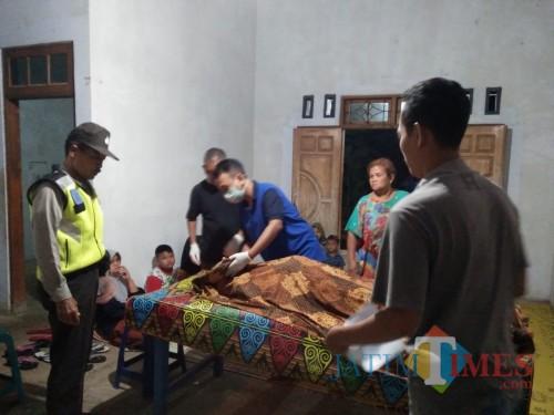 Keluar Rumah Dini Hari, Nenek Pikun Asal Kalidawir Ditemukan Tewas di Saluran Irigasi