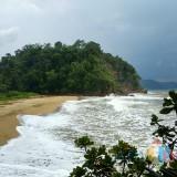 Belum Terjamah Wisatawan, Eksotisme Pantai Bukit Indah di Blitar Selatan yang Masih Perawan