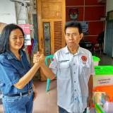 Mantap Maju Pilwali Kota Blitar, Pasangan Independen Lisminingsih-Teteng Serahkan Berkas Persyaratan ke KPU