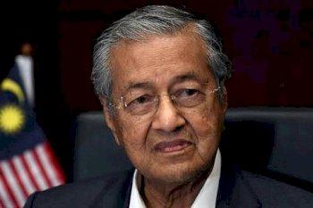 Perdana Menteri Malaysia Mahathir Mohammad Mundur Dari Jabatannya