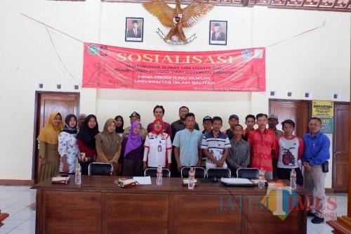Mahasiswa Hukum Unisba Blitar Gelar Sosialisasi SIUP dan Pembuatan Biogas di Desa Suruhwadang