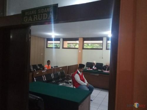Dituntut JPU 3 Tahun 6 Bulan, Surveyor Terdakwa Penggelapan di Kantor Leasing Minta Keringanan Hukuman