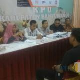 KPU Banyuwangi Tolak Berkas Paslon Bunda Ratu-Sunariyanto