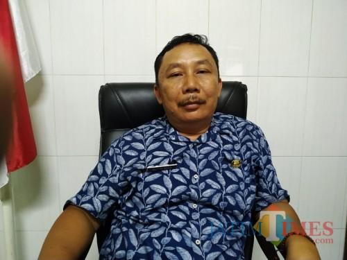 Kepala Desa Boro, Sutrisno saat ditemui di Kantor desa / Foto : Anang Basso / Tulungagung TIMES