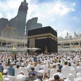 Tutup Total, Arab Saudi Tolak Jamaah Umrah Hingga Warga Negara Sendiri