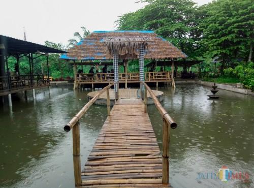 Nongkrong Suasana Asri, Sejuk, dan Tenang Tak Jauh dari Pusat Kota Malang