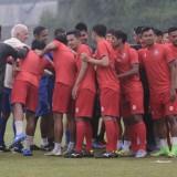 Tak Ingin Lengah, Gomez Minta Pemainnya Fokus Hadapi Persib Bandung