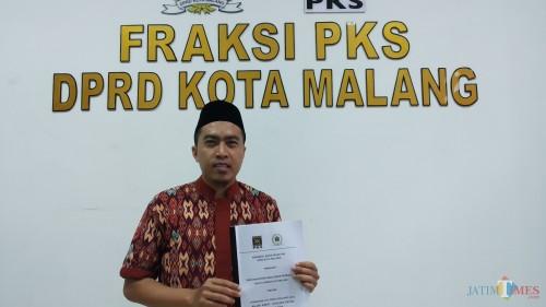 Anggota DPRD Kota Malang Fraksi PKS Akhdiyat Syabril Ulum Pipit Anggraeni/MalangTIMES).