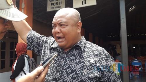 Kasubag Pemerintahan dan Aparatur Desa Bagian Pemerintahan Tulungagung, Yudi Irwanto (foto : Joko Pramono/Jatim Times)