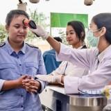 Antisipasi Corona, Pengecekan Suhu Tubuh dan Pemberian Hand Sanitizer Diberlakukan di Jatim Park Group