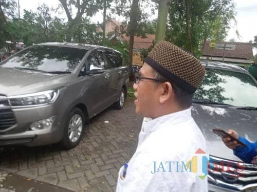 Abdurrachman atau Gus Dur saat kembali diperiksa Kejari dalam kasus korupsi dana kapitasi kesehatan di Kabupaten Malang (dok MalangTimes)