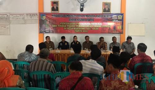 BPJAMSOSTEK berikan sosialisasi kepada Pekerja Migran Indonesia (Eko Arif S/ JatimTIMES)