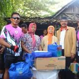 Peduli Rakyat, Wabup Blitar Gowes Sambil Baksos Rehab Rumah