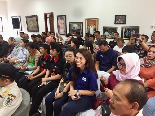 Para pelaku usaha pariwisata di Kota Batu saat berkumpul di Rumah Dinas Wali Kota Batu, Jalan Panglima Sudirman, Kecamatan Batu Sabtu, (14/3/2020) sore. (Foto: Irsya Richa/MalangTIMES)