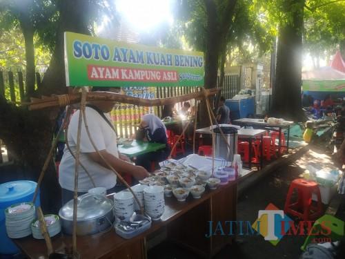 Meski Tetap Buka, Pendapatan Pedagang di CFD Kota Malang Turun Drastis