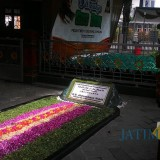 Waspada Corona, Wisata Religi Makam Gus Dur Ditutup
