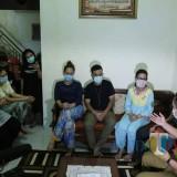 Tujuh Warga Malaysia Bertamu ke Lumajang, Bupati Datang Dengan Tim Medis