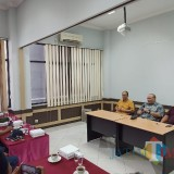 13 Tahun Biarkan Pedagang Pasar Turi Terlunta, La Nyalla : Pemkot Surabaya Tak Miliki Keberanian