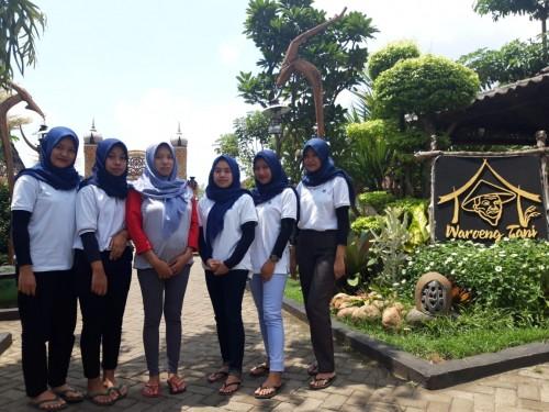 Waroeng Tani di kawasan Pan Java Cafe, Kelurahan Mulyoagung, Kecamatan Dau, Malang (Foto: dokumentasi Waroeng Tani)