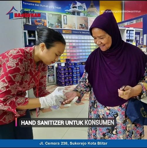 Cegah Penyebaran Corona, Graha Bangunan Siapkan Hand Sanitizer