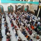 Di Tengah Corona, Umat Islam dI Tulungagung Tetap Ibadah Salat Jumat