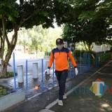 Cegah Penyebaran Virus Corona, BPBD Kabupaten Kediri Semprot Disinfektan di Sejumlah Fasum