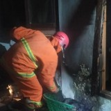 Korsleting Listrik Sebabkan Satu Rumah di Singosari Terbakar Sebagian