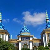 Sejumlah Masjid Kota Madiun Tetap Mengadakan Salat Jumat