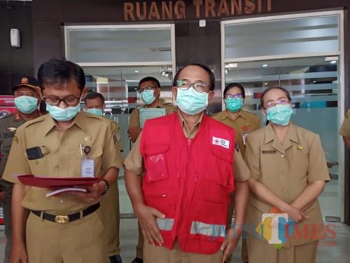 Bupati Blitar Rijanto saat memberikan keterangan pers kepada wartawan