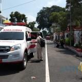 Batuk dan Demam Tinggi  Sepulang dari Bandung, Seorang Pria Dievakuasi ke RSUD Mardi Waluyo Blitar