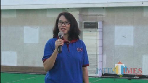 DLH Kota Malang Bekali Petugas dengan APD Hindari Tertular Corona
