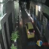 Komplotan Pelaku Curanmor Terekam CCTV