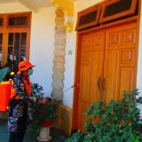 Perangi Corona, Warga Kota Malang Bergerak Mandiri Semprot Disinfektan