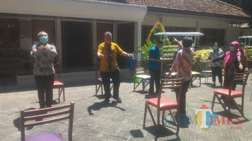 Suasana Berjemur bersama Pimpinan dan Karyawan Dinas Pertanian Banyuwangi Nurhadi Banyuwangi Jatim TIMES