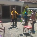 Tangkal Corona, Pimpinan dan Karyawan Dinas Pertanian Kabupaten Banyuwangi Berjemur
