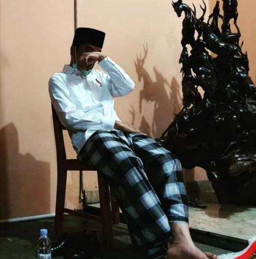 Allah 'Menugaskan' Jokowi Temani Kesedihan Mereka