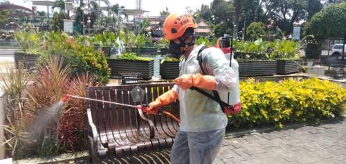 Cegah Covid-19 dengan Semprot Disinfektan Secara Mandiri, Dinkes Kota Malang Imbau Hal Ini