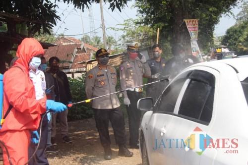 Cegah Penyebaran Corona, Pemkab dan Kepolisian Perketat Pengawasan Kendaraan Luar Daerah yang Masuk Kabupaten Blitar