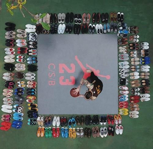 Salah satu unggahan koleksi sneakers hypebeast dari seorang kolektor, yakni Christian Soeseno Boenarso. (Foto: Instagram @chris_csb)