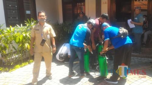 Disbudpar Banyuwangi Bantu Alat Semprot Disinfektan Bagi Pokdarwis