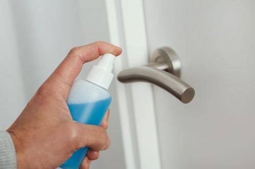 Membuat dan Menyemprotkan Disinfektan Mandiri untuk Cegah Covid-19, Perhatikan Hal Ini Ya