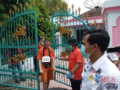 Polisi Gelar Rekonstruksi Pembunuhan Janda Kaya