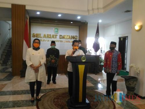 MUI, NU dan Muhammadiyah Lumajang Sepakat Tak Gelar Sholat Jumat di 7 Kecamatan