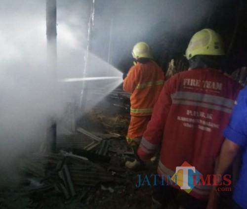 Dalam Sehari, Korsleting Listrik Sebabkan Kebakaran di Dua Lokasi Kejadian