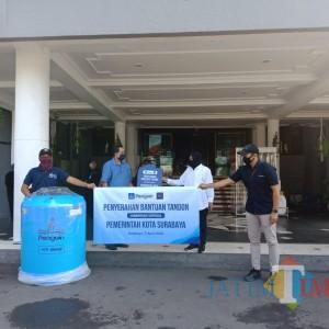 Pemkot Surabaya Terima Bantuan 57 Unit Tandon