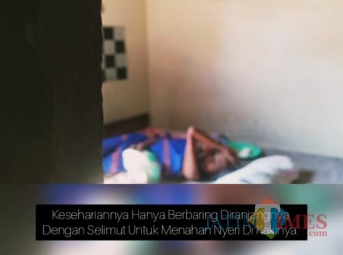 Mbah Wiji (70), seorang janda tanpa anak warga Jalan Jatisiwur Kota Madiun. (madiunTIMES)