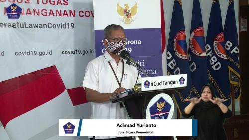 Achmad Yurianto, Juru Bicara Pemerintah terkait persebaran Covid-19 di Indonesia dengan mimbar konferensi bertuliskan #CuciTangan, Kamis (9/4/2020). (Foto: BNPB)