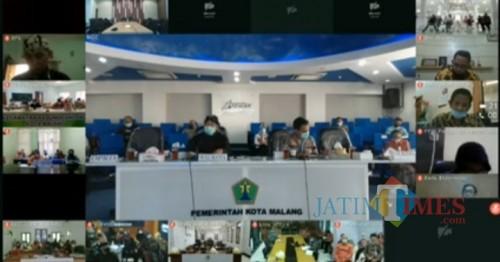 Teleconference musrenbang RKPD Kota Malang tahun 2021. (screenshot live streaming).